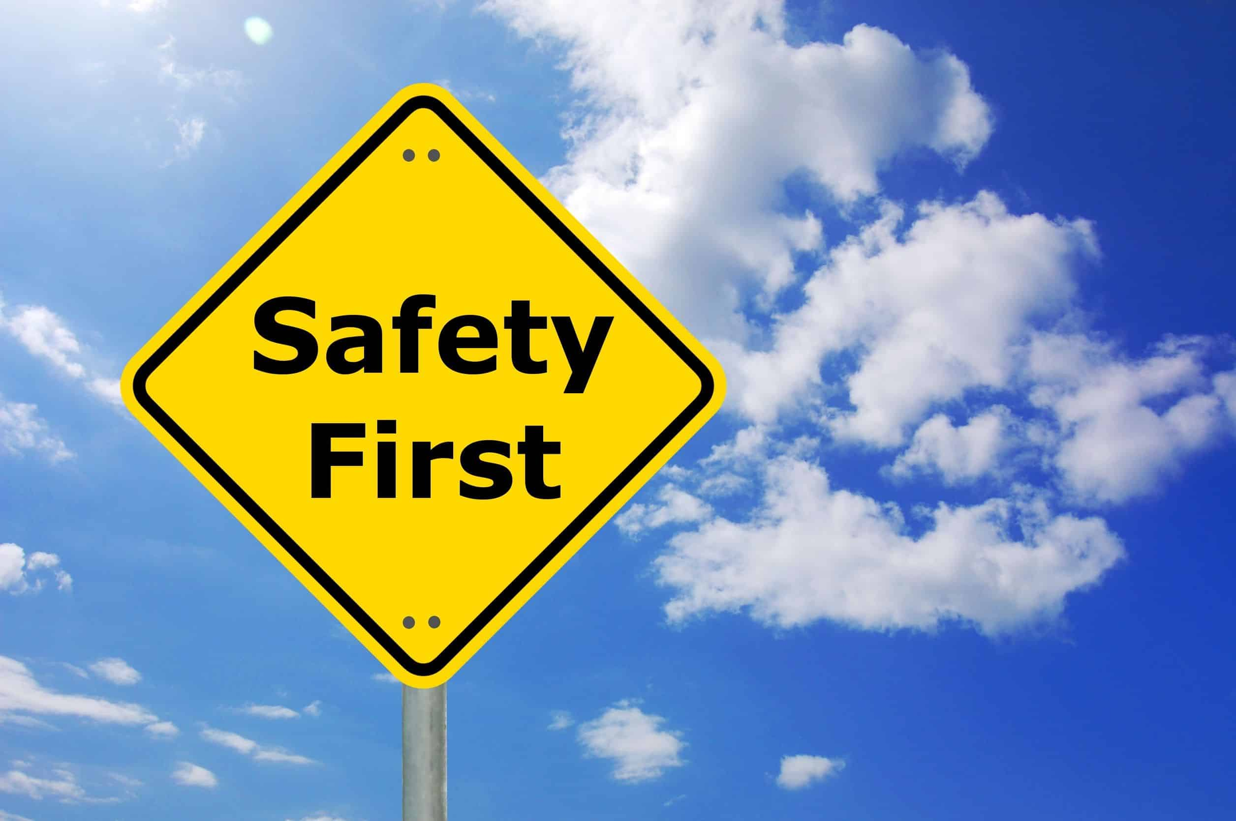 BENEFITS OF HAVING A SAFETY SIGN IN YOUR AREA