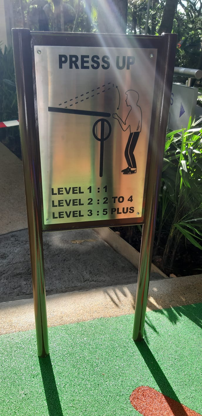 Stainless Steel Etching Plate Playground Sign With Frame Support